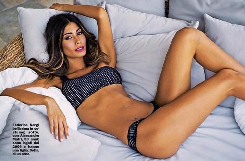 Federica Nargi in bikini : Servizio fotografico da Chi - 01 novembre 2017